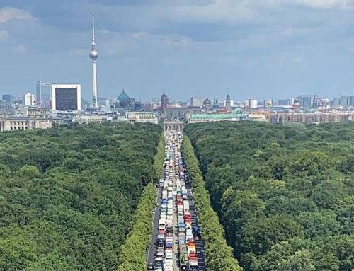 Volksfeste müssen wieder stattfinden dürfen! Schausteller demonstrieren mit rollender Großkundgebung in Berlin